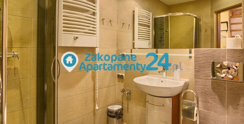 Zakopane centrum apartament z nowoczesną łazienką