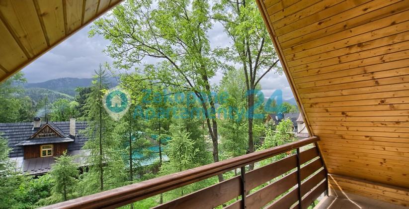 widok z balkonu w apartamencie centrum -1
