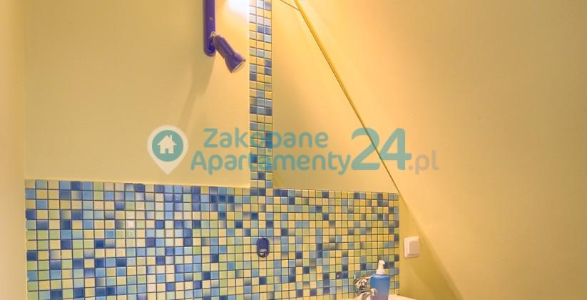 łazienka w apartamencie centrum 6