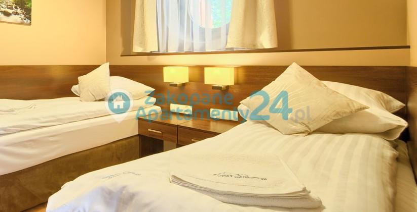 dla dwojga sypialnia w apartamencie w Zakopanem