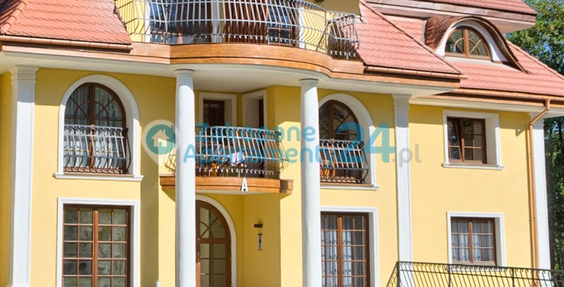 budynek apartamentowiec ul.Sienkiewicza w Zakopanem