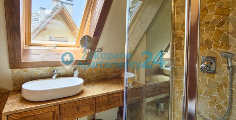 łazienka w apartamencie w Zakopanem