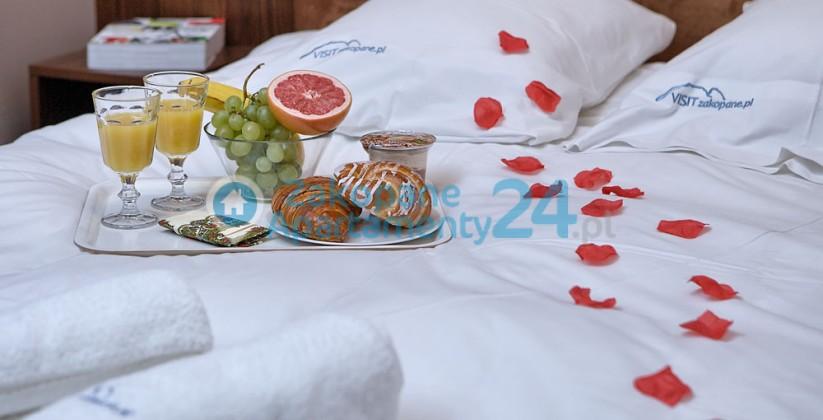 sypialnia dla dwojga w apartamencie w Zakopanem